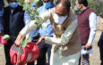 मुख्यमंत्री श्री चौहान ने स्व. श्री नंदकुमार सिंह चौहान की स्मृति में पौधा रोपा